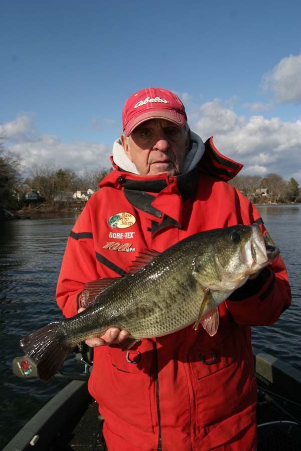 Winter fishing tips discover boating for Winter bass fishing tips