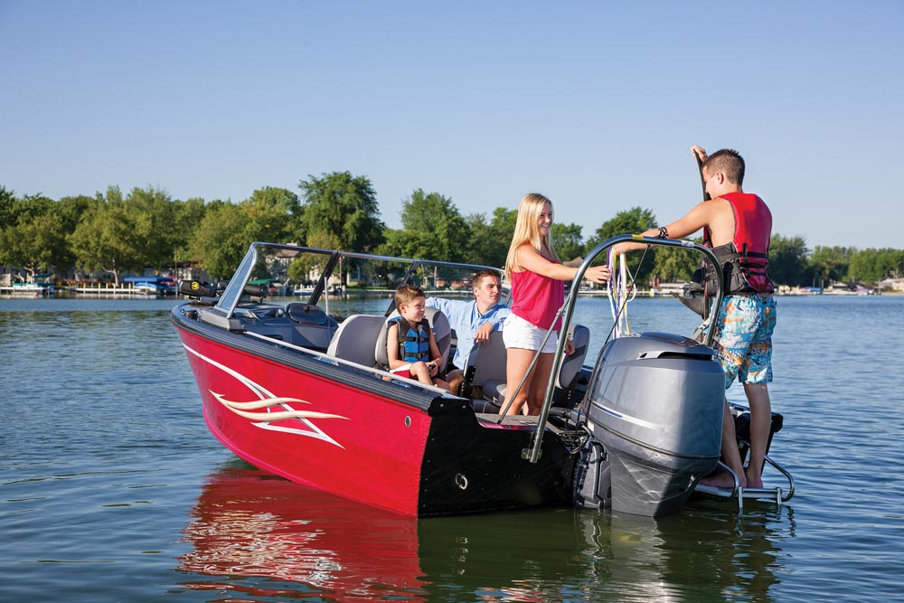 Fish & Ski Boat Buying Guide | Discover Boating